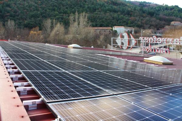 Panneaux solaires en autoconsommation du Carrefour de Bessèges.